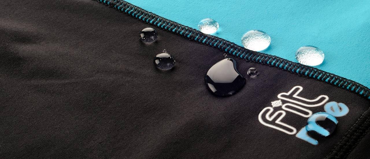 Le tissus Aquatech des sous-vêtements FITme vous permet la pratique des sports d'eau.