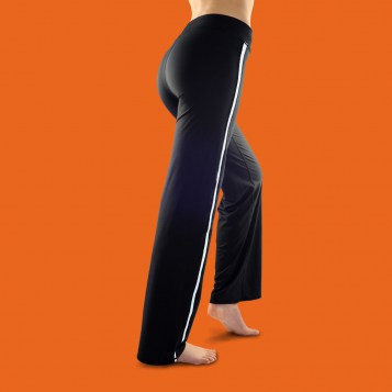 http://fitme.fr/images/stories/virtuemart/product/resized/pantalon_fitme_blanc_dos.jpg