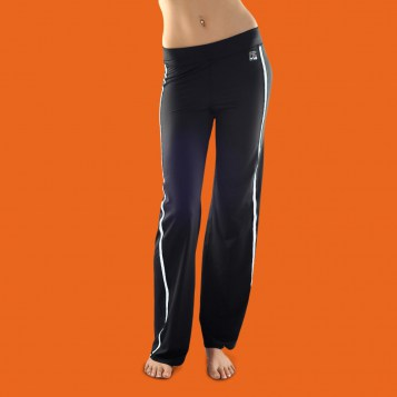 http://fitme.fr/images/stories/virtuemart/product/resized/pantalon_fitme_blanc_face.jpg