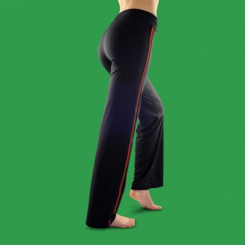http://fitme.fr/images/stories/virtuemart/product/resized/pantalon_fitme_rouge_dos.jpg